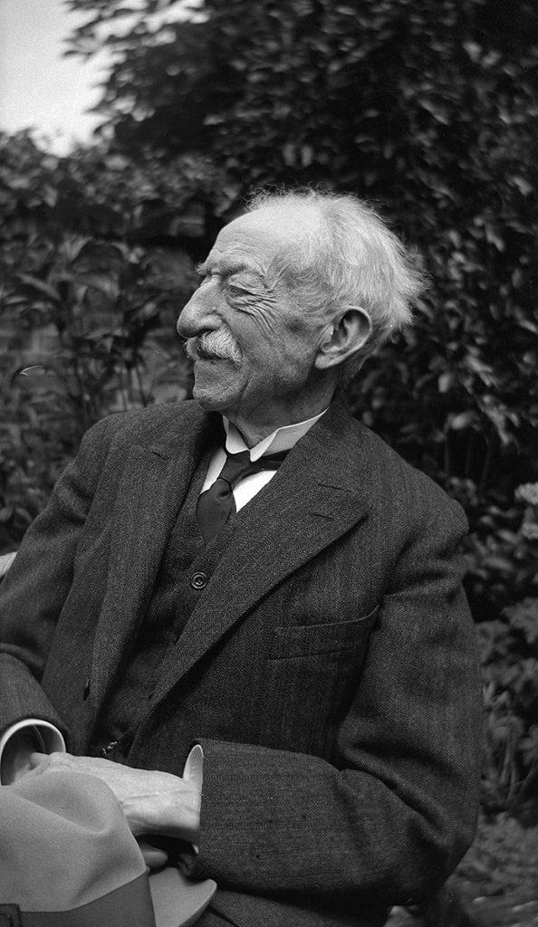 George Arnold Escher op zijn 90ste verjaardag in 1933