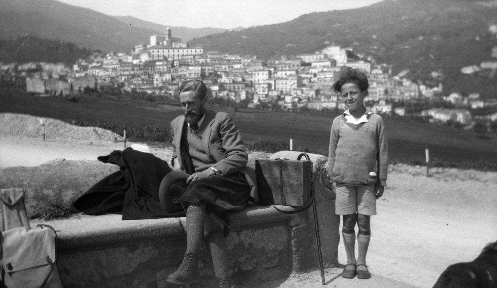 Escher in het Siciliaanse Patti, 27 april 1932